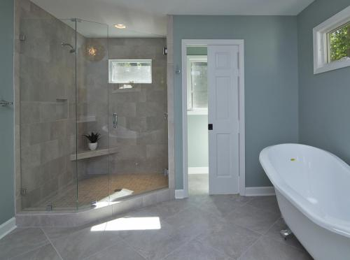 Hope Valley Residence bathroom