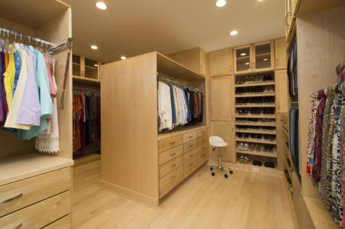 Hillsborough Residence walk-in closet